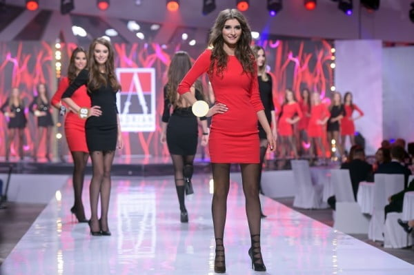 Pokaz Fabryki Rajstop Adrian i marki Marsala na finale Miss Polonia